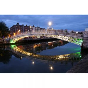 SG2394 halfpenny bridge dublin ireland