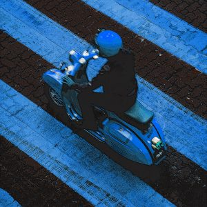 TM1476 automotive scooters blue stripes