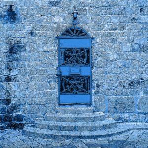 TM2803 ornate blue door