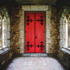 TM2875 classic old door red